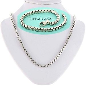 Tiffany Venetian square box link sterling necklace